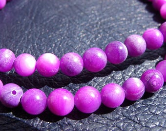 72 beads shells 5.5 mm Pearly hue purple and white