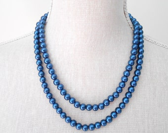 Navy blue pearl necklace