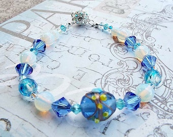 Crystal Moonstone Beaded Bracelet with Magnetic Clasp, Beautiful Christmas Jewelry Gift for Wife, Beauty Gift for Holiday Present for Mom