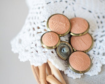 Pfirsich Buttons_plastic Schaft Buttons_set der Six_powder rosa Beige_diameter 22 mm/0,86 '', 18mm/0,7 '' _brass Edges_fabric Metall-Kunststoff-Knöpfe