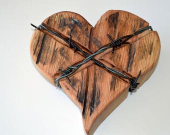 Free Shipping Wooden Heart-barb wire edition