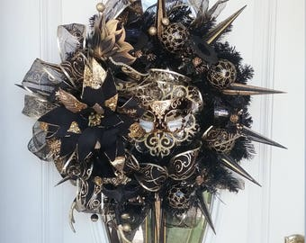 New Year's Eve Wreath, Masquerade Ball Wreath, Front Door Wreath, TIMES SQUARE on NYE Elegant Mask Front Door Wreath