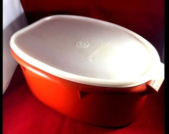 vintage tupperware ham/chick/pot roast container with rack and lid