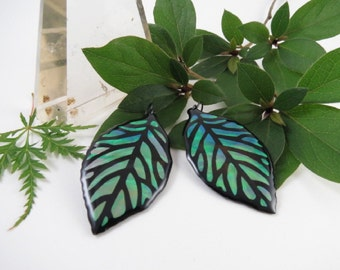 Green Iridescent & Transparant Leaf Earrings