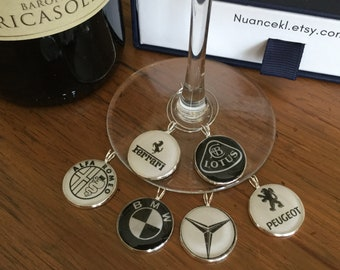 Glass identifiers/ cars/ cristal clear resin/ gift host & hostess/ 18 or 20 mm/ set of 6 charms/ storage box available