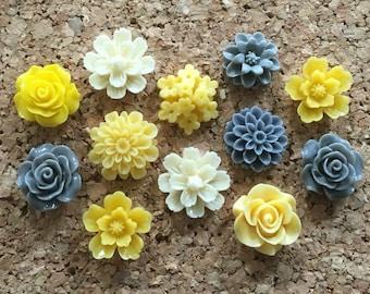 Flower Thumbtacks or Magnets Set of 12 - (#185) dorm decor, hostess gift, weddings, bridal shower, baby shower, gift, teacher gift