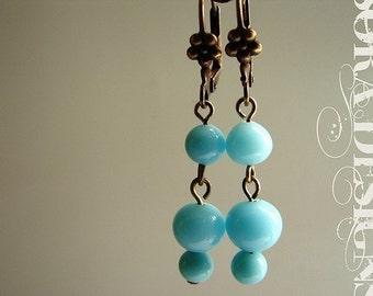 Aqua glass drop earrings, bridesmaid jewelry, vintage glass beads seafoam, mod cornflower blue seafoam drop earrings
