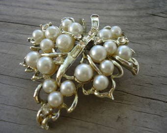 Pearl and Rhinestone Leaf Brooch