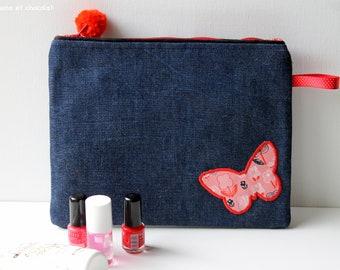 Pochette tissu jeans, Trousse maquillage, Trousse femme papillon, Trousse de toilette fait-main, trousse rouge, pompon, pochette maquillage