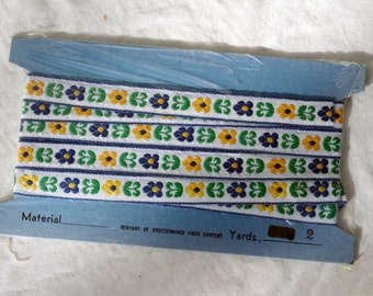 Vintage Embroidered Blue and Yellow Floral Trim