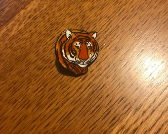 Vintage 1980's Tiger Enamel Pin