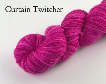 Tonal 8 ply handdyed yarn / Hot pink yarn / Merino wool / Gift for her / crochet yarn / DK yarn / Varigated yarn / Yarn birthday gift