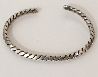 Rope Style Cuff Bracelet 925 Sterling Silver yl15-040