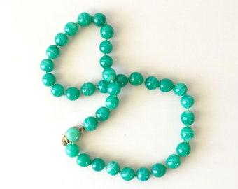 Vintage Ciner Peking Glass Jade-Colored 10 mm Bead Choker Necklace