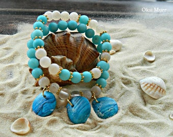 Braselet with blue white agates, natural shell, braselet for summer, braselet for a cruise
