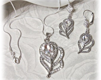 Peacock feather bridal crystal earrings and necklace set, peacock weddings bridal jewelry, earrings, pendant and chain set.