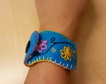 Felt cuff bracelet.