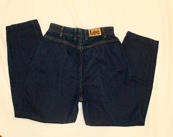 Vintage Lee Jeans with elastic Top. High Waisted Jeans