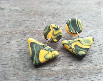 Mini Triangle Dangles - Green and Gold Swirls
