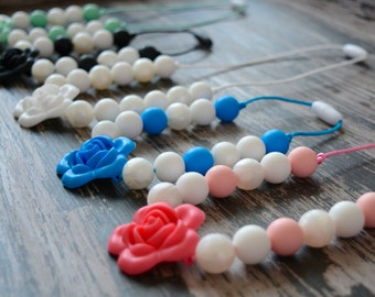 Flower Silicone Teething Necklace, Pearl Silicone Teething Beads, Toddler Sensory Necklace, Silicone Flower, BPA free, Baby Shower Gift,