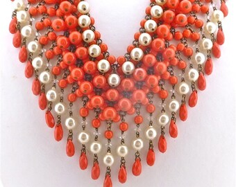 1960's Coral Glass & Faux Pearl necklace