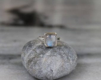 Rainbow Moonstone Ring, 925 Silver Ring, Sterling silver ring, square ring, Blue fire Moonstone, Gemstone ring, Cabochon ring