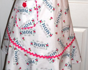 "Half Apron - ""Mom"" Print / Mother's Day Gift"