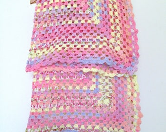 Vintage blanket Granny crochet baby handmade 98 x 98 cm, multicolor Pink Purple yellow salmon blue green white
