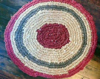 "Handmade Amish Knot Toothbrush Rug - Recycled Crochet Rag Rug - 26"" x 24"" - Beige Brown Maroon Bathmat - Kitchen Rug - Doormat - Small Oval"