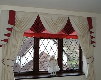 """Swags and Tails sets to fit 61"""" to 105""""  wide (155 - 267cm), includes Lined Curtains with lengths up to 89"""" (226cm)"""