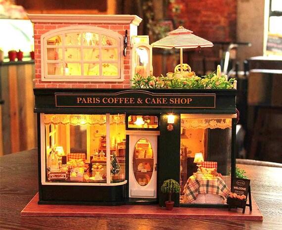 Paris kaffee kuchen shop puppenhaus bausatz puppenhaus for Kuchenplan erstellen