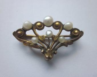 Victorian 14K Sea Pearl Brooch Pin