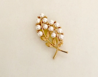 Vintage 60s Wheat Gold And Pearl Brooch  GJ2899