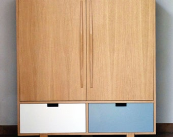 Cabinet TV design with drawers and doors swing
