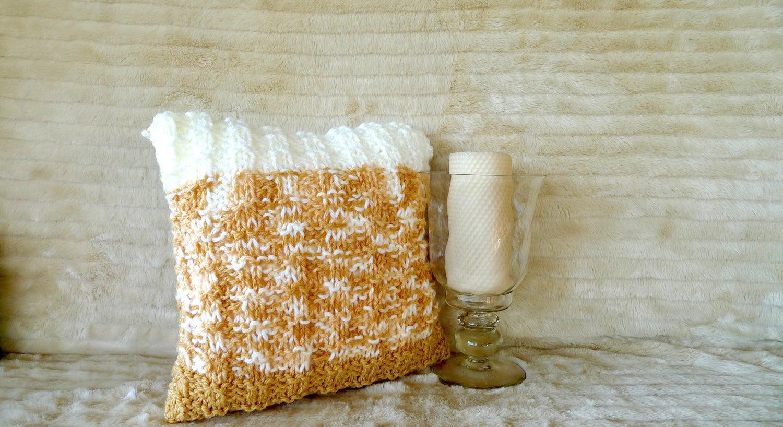 Coj n tejido en beige y tostado cojines de lana hechos a - Cojines de lana hechos a mano ...