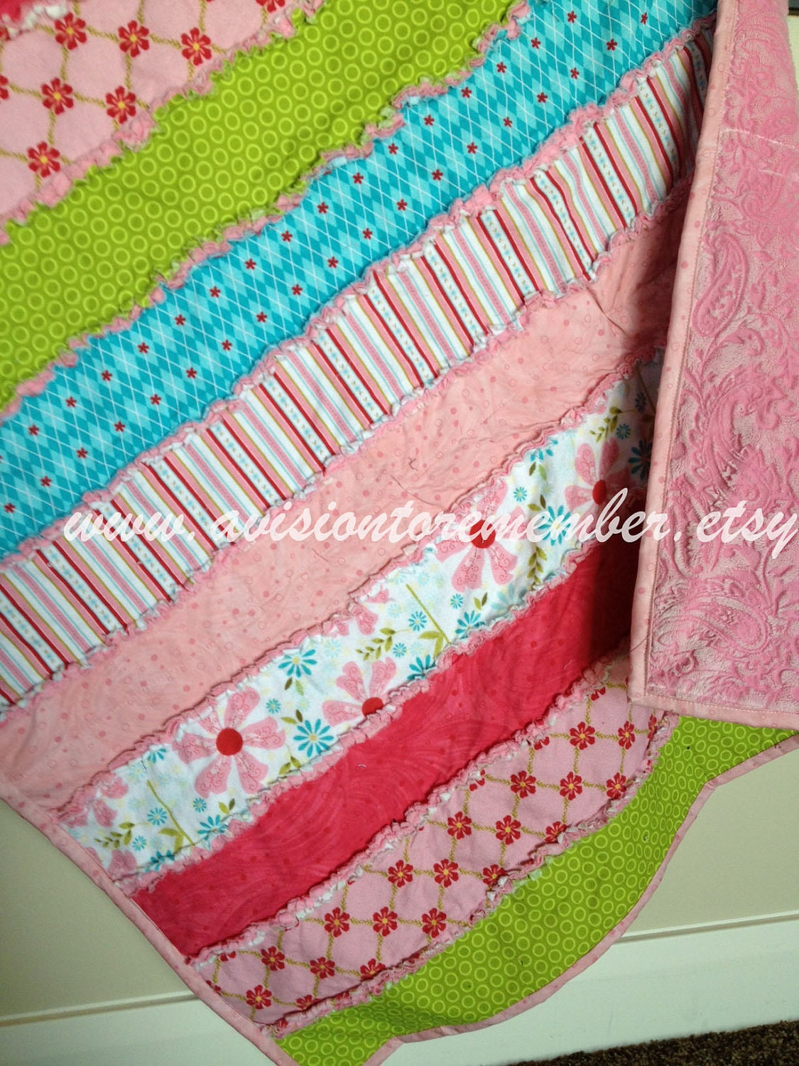 Strip rag quilt sewing patterns simple quilt pattern easy zoom jeuxipadfo Gallery