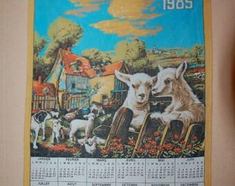 Vintage 1985 calendar tea TOWEL