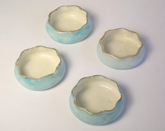 A Set of Four Antique Porcelain Salt Dishes A1