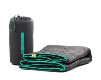 Outdoor Blanket Handmade Waterproof Windproof Camping Traveling Picnic Beach New Modern Design Europe Slovakia Travel Wrap Dog Gift Poncho