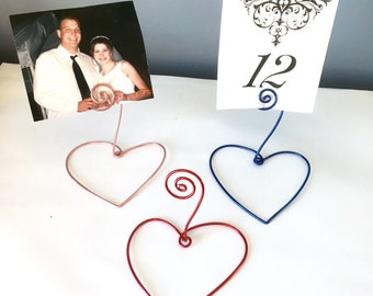 25 Name Card Number Holder with Heart Base, Wedding Favor, Wire Card/Photo Holder, Rustic, Wedding Decoration, Heart Decoration, Love