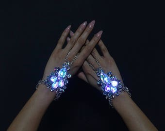 LED Jewelry | The Queen Hand Jewelry