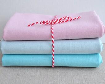Robert Kaufman Essex Linen Fat Quarter Bundle, Pink and blue - fabric for embroidery - cotton linen blend fabric