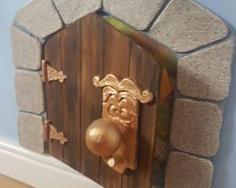 Alice In Wonderland Small Door