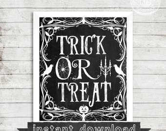 HALLOWEEN PRINTABLE, Halloween Sign, Chalkboard Print, Trick Or Treat, Halloween Printable, Instant Download, Halloween, Halloween Print