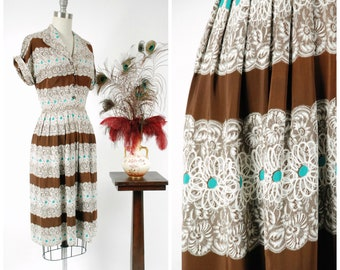 Vintage 1940s Dress - Fabulous 40s Trompe L'oeil Lace Print Shirtwaist Dress with Swirly White and Turquoise Daisies