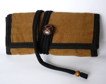 Tobacco brown/black velvet pouch