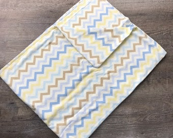 Swaddle Blanket/Chevron/Baby blanket/flannel blanket/baby/newborn/gender neutral/baby shower gift/maternity