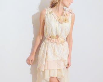 wedding dress romantic and bohemian