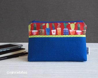 Cactus Wristlet - petit sac à main bleu - cactus amoureux cadeau - pochette rouge - sac à main dragonne - sac à main organisateur - sac de voyage - prêt à l'expédition