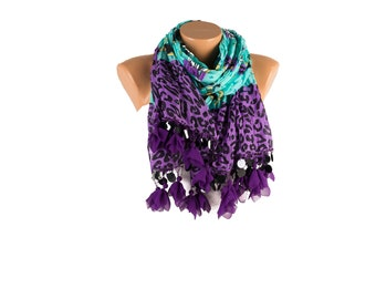 Regular summer scarf with tassel and sequins on the edge